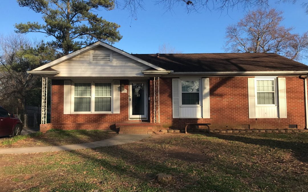 Charming 3 Bedroom 1 Bath Home in Starmount